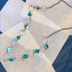 Jewelry - Faux Turquoise Stone/ Pearl Necklace